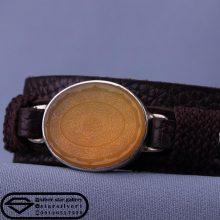دستبند عقیق زرد خطی-نقش ۱۶ سوره -بند چرم طبیعی